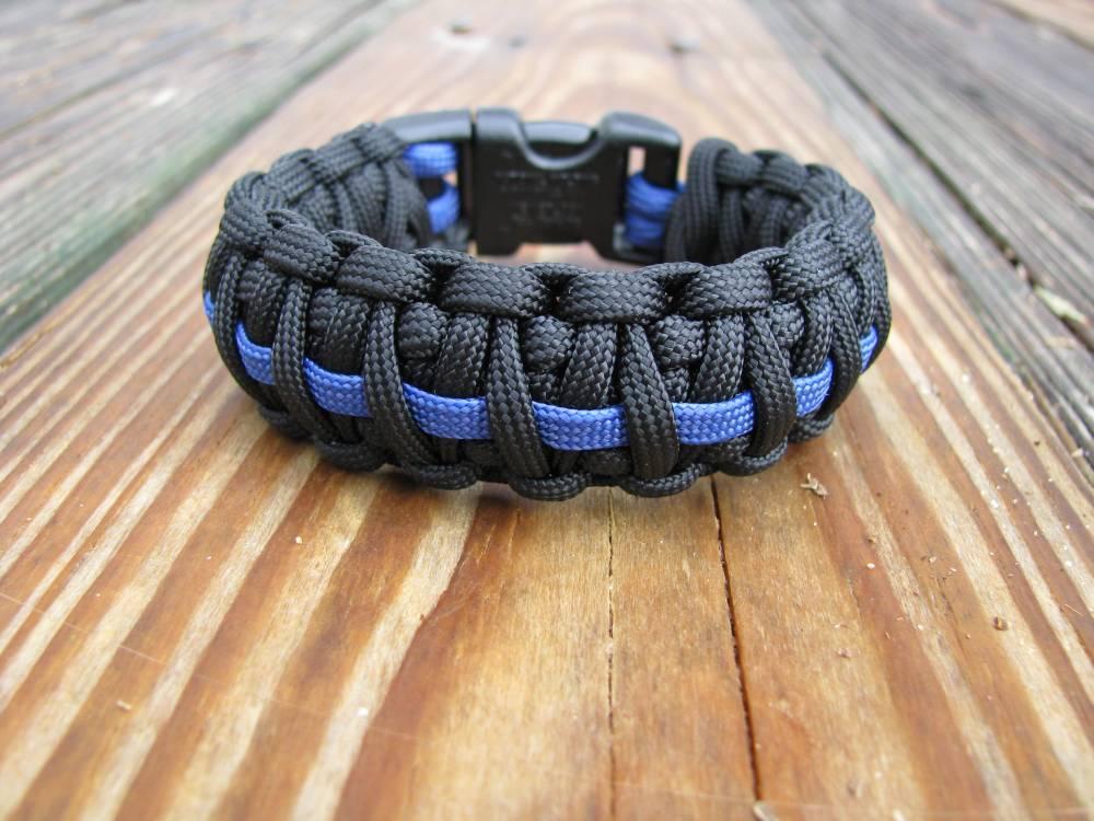 Nylon Survival Bracelets (3/3)