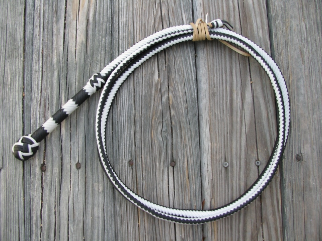 Corwin's Black and White bullwhip
